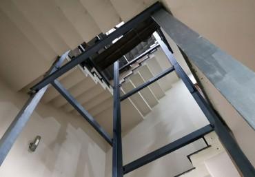 2 cách giúp tiết kiệm diện tích thang máy gia đình