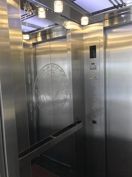 Nên mua thang máy loại nào